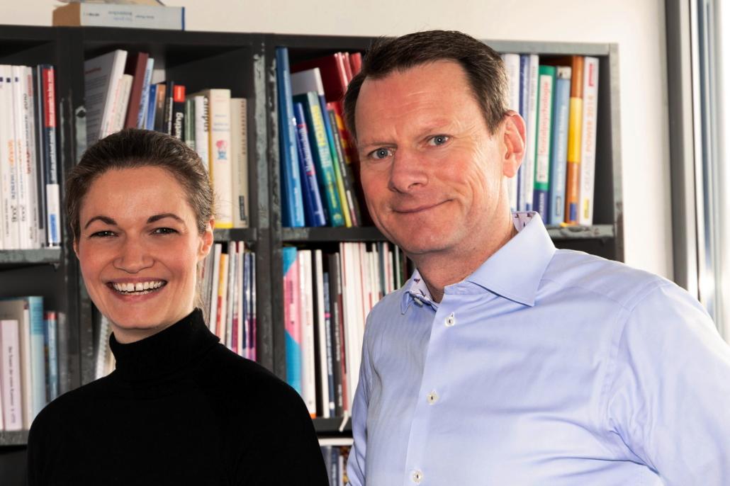 Insa Horsch von Pahnke Open Kitchen und Bastian Schmidt-Vollmer von ZENK Rechtsanwälte (Foto: Growth Dock)