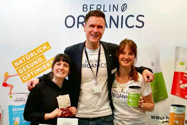 Founder Klaas Koolman with Anne Schirmaier and Ann-Sophie Friedrich  (Photo: Berlin Organics)