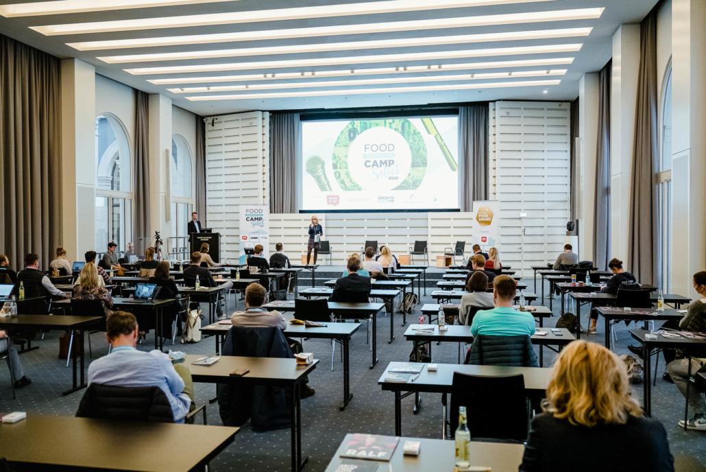 Die Jury von FIC 2020 FOOD AWARD: Verena Piuls, Fabio Ziemßen, Christian Rach und Jochen Vogel.