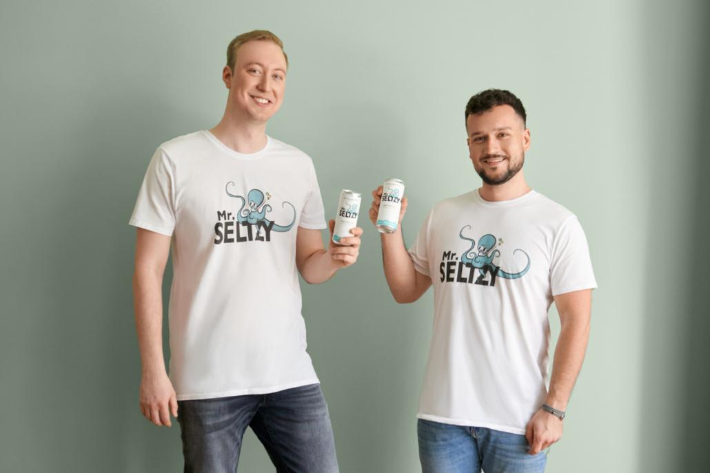 Die MR. SELTZY-Gründer Mats Thede und Nico Jahnke