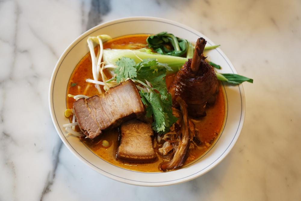 Mit den richtigen Zutaten wird TADA Ramen zur vollwertigen Mahlzeit.